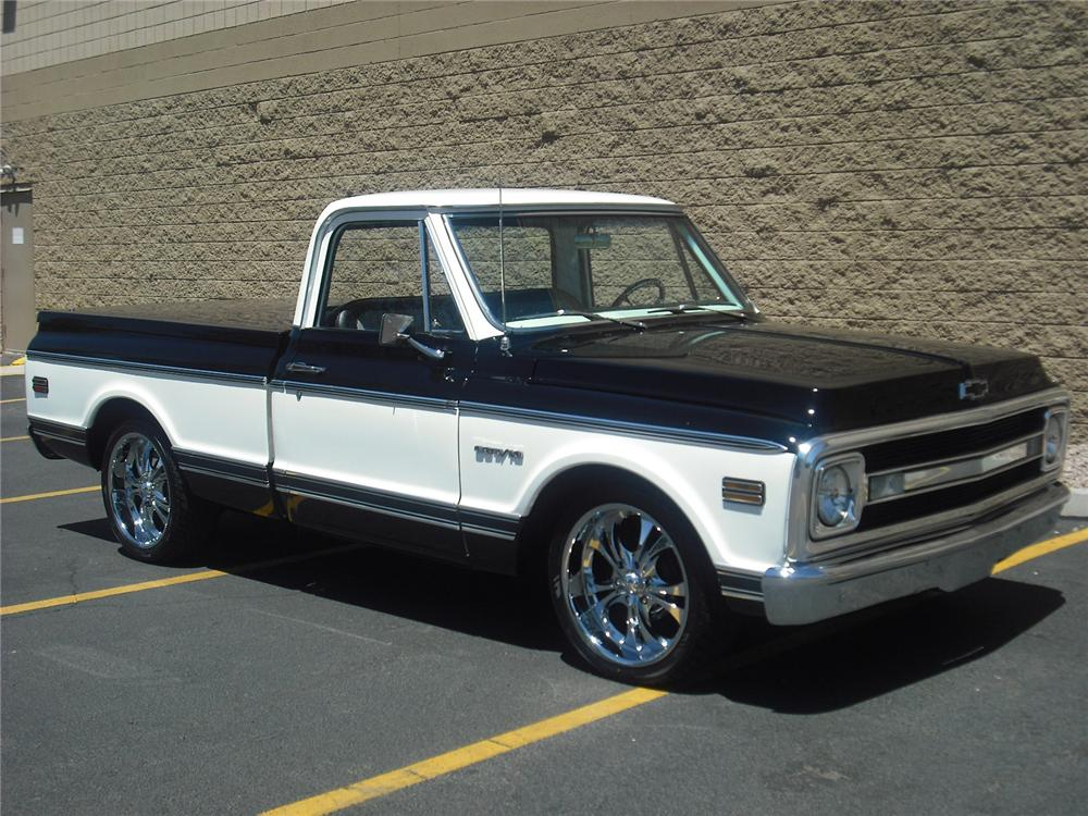 1969 CHEVROLET C-10 CUSTOM PICKUP - Front 3/4 - 91739