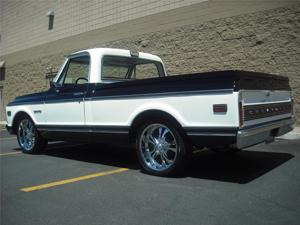 1969 CHEVROLET C-10 CUSTOM PICKUP - Rear 3/4 - 91739