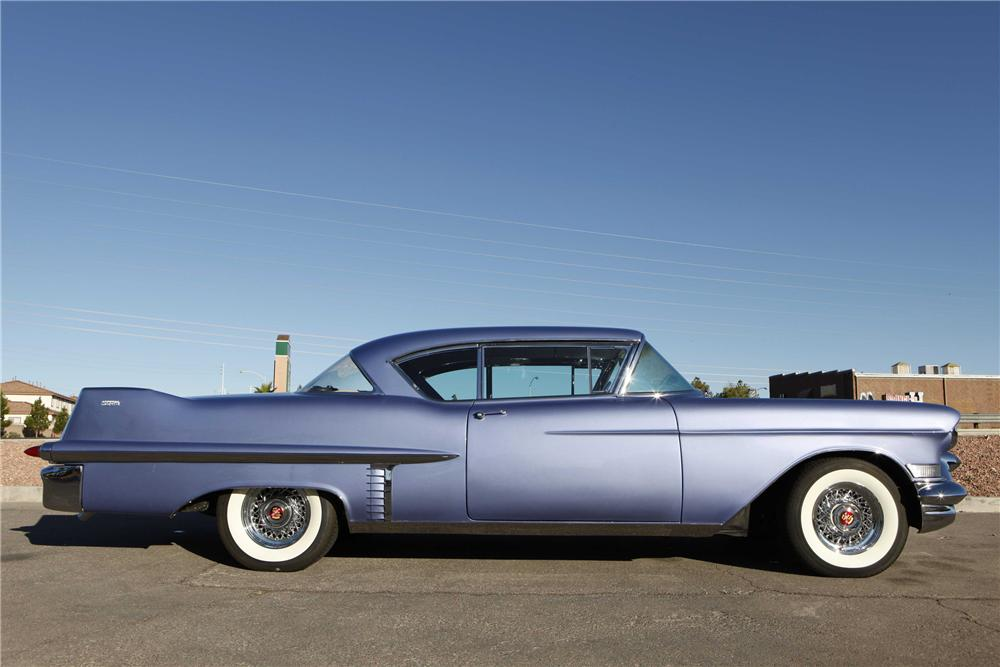 1957 CADILLAC SERIES 62 COUPE DEVILLE - Side Profile - 91746