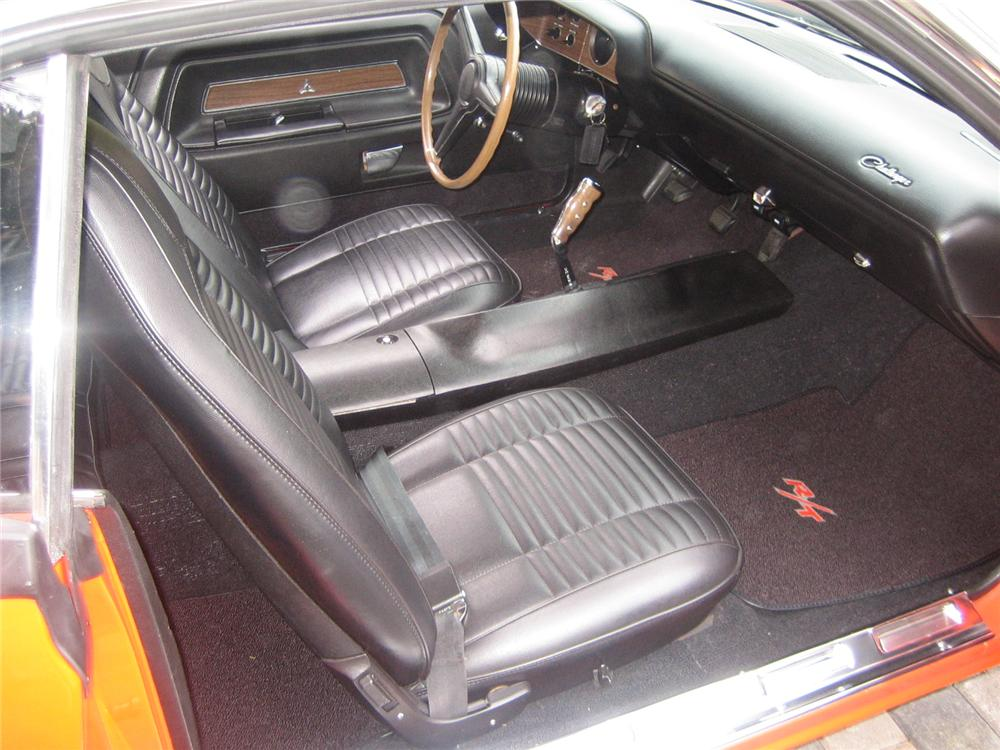 1970 DODGE CHALLENGER R/T 2 DOOR COUPE - Interior - 92237