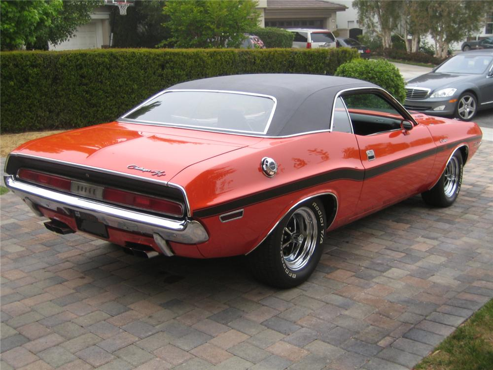 1970 DODGE CHALLENGER R/T 2 DOOR COUPE - Rear 3/4 - 92237