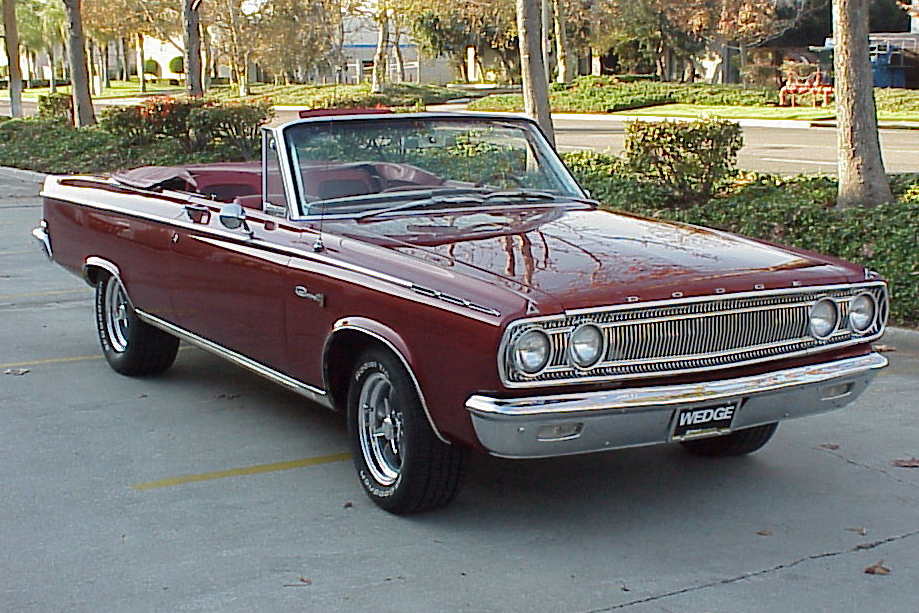 1965 DODGE CORONET 500 CONVERTIBLE - Front 3/4 - 92261