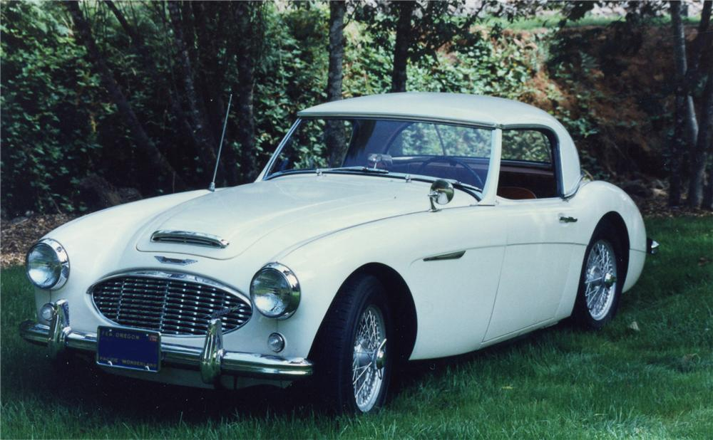 1958 AUSTIN-HEALEY 100-6 BN4 ROADSTER - Front 3/4 - 93206