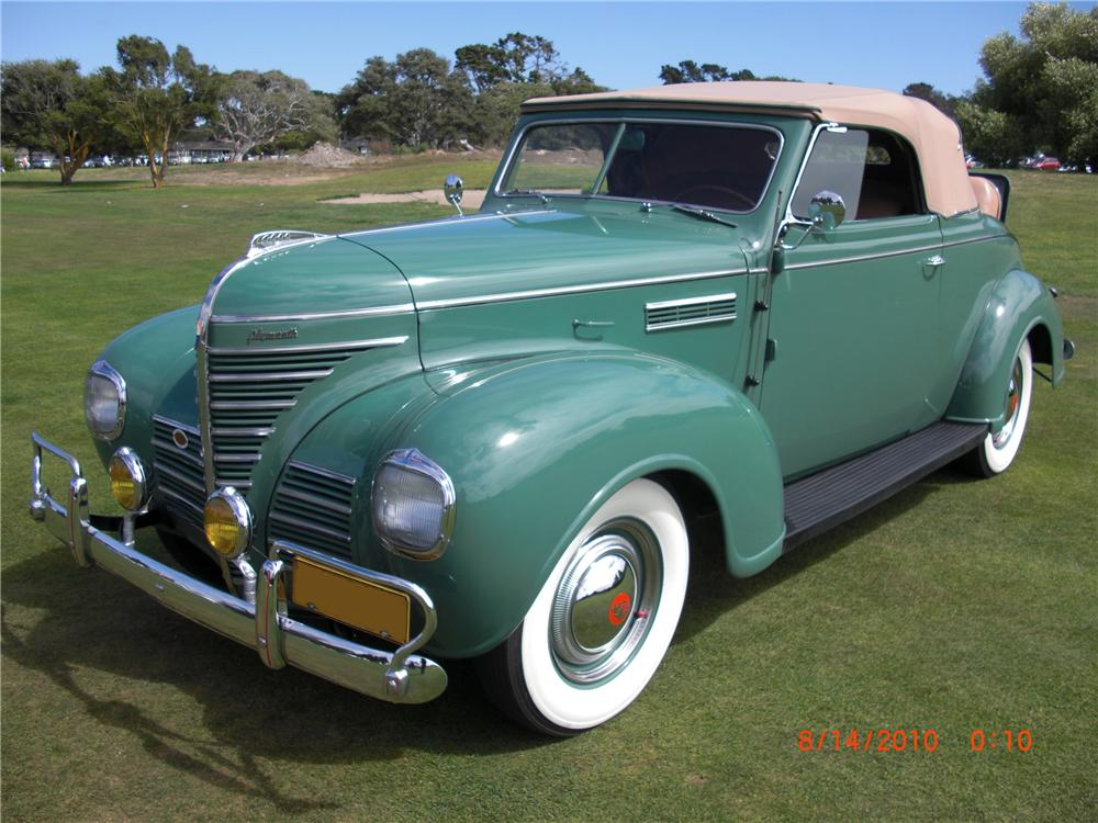 1939 PLYMOUTH SPECIAL DELUXE CONVERTIBLE - Front 3/4 - 93212