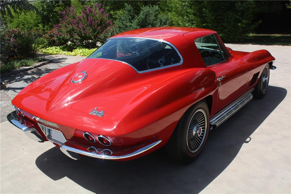 1967 CHEVROLET CORVETTE COUPE - Rear 3/4 - 93221