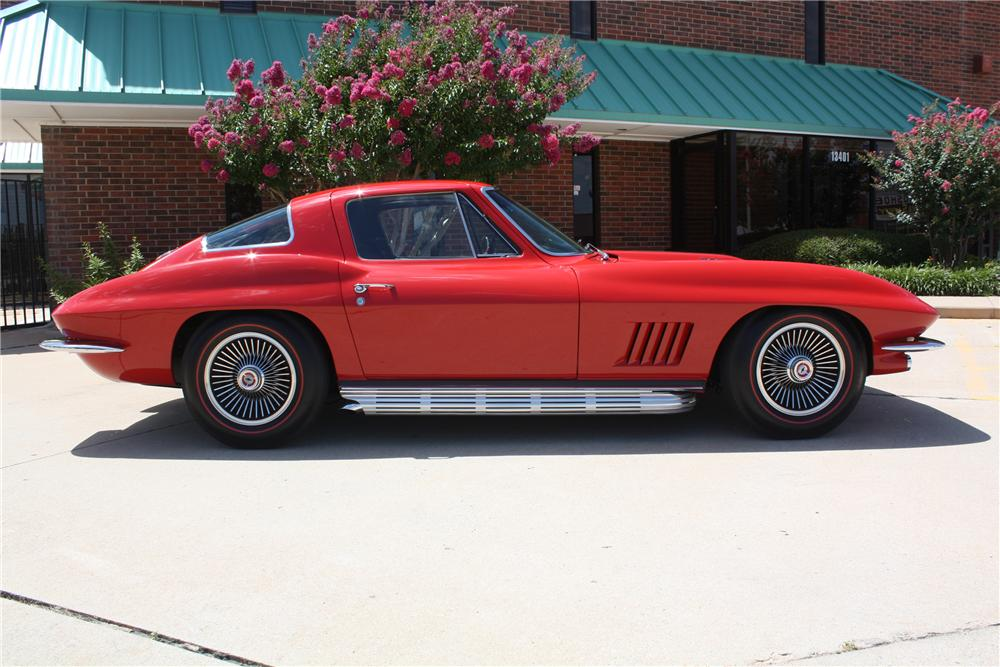 1967 CHEVROLET CORVETTE COUPE - Side Profile - 93221