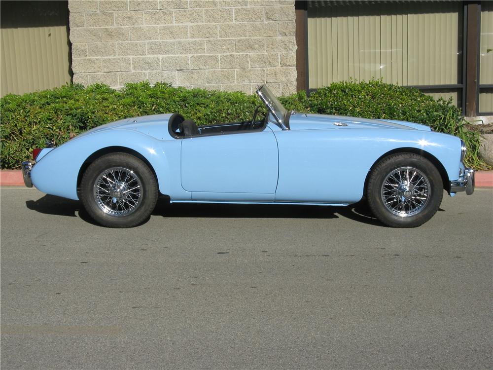 1957 MGA 1500 ROADSTER - Side Profile - 93248