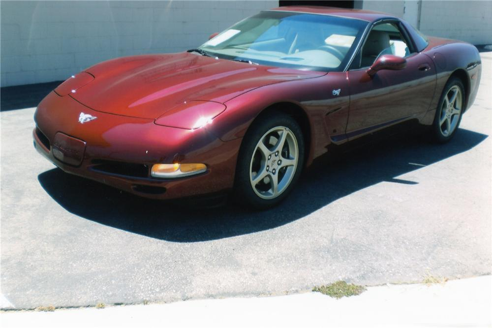 2003 CHEVROLET CORVETTE 50TH ANNIVERSARY COUPE - Front 3/4 - 93256