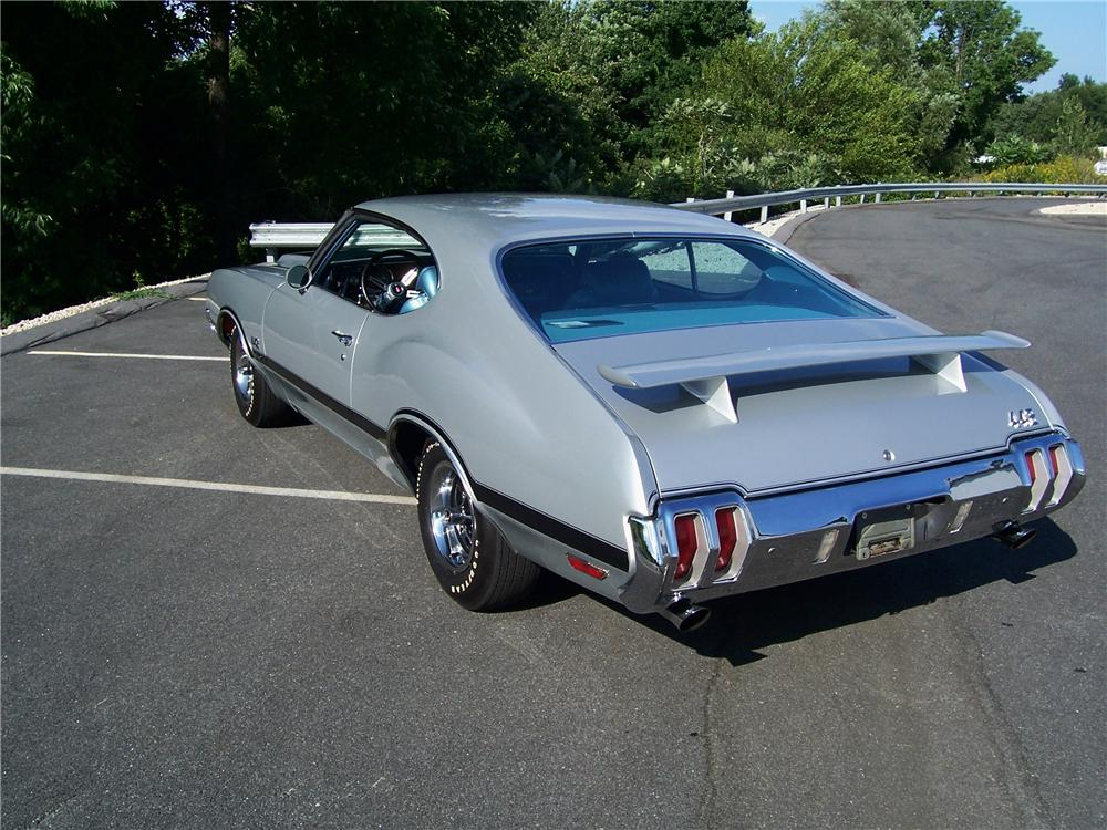 1970 OLDSMOBILE 442 W30 2 DOOR COUPE - Rear 3/4 - 93268