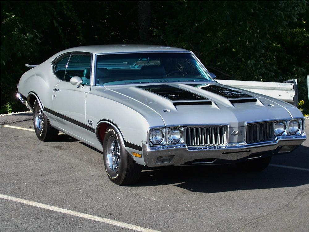 1970 OLDSMOBILE 442 W30 2 DOOR COUPE - Side Profile - 93268