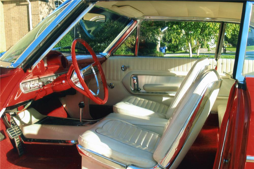 1964 FORD GALAXIE 500 2 DOOR FASTBACK - Interior - 93274