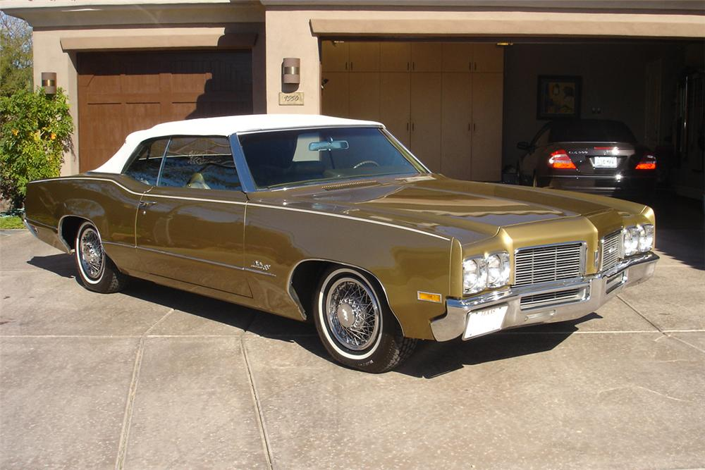 ... 1970 OLDSMOBILE DELTA 88 2 DOOR CONVERTIBLE   Front 3/4   93277 ...