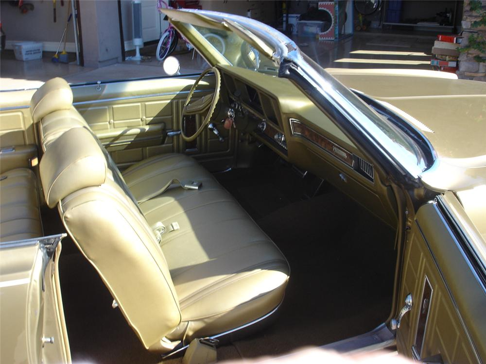 1970 OLDSMOBILE DELTA 88 2 DOOR CONVERTIBLE - Interior - 93277