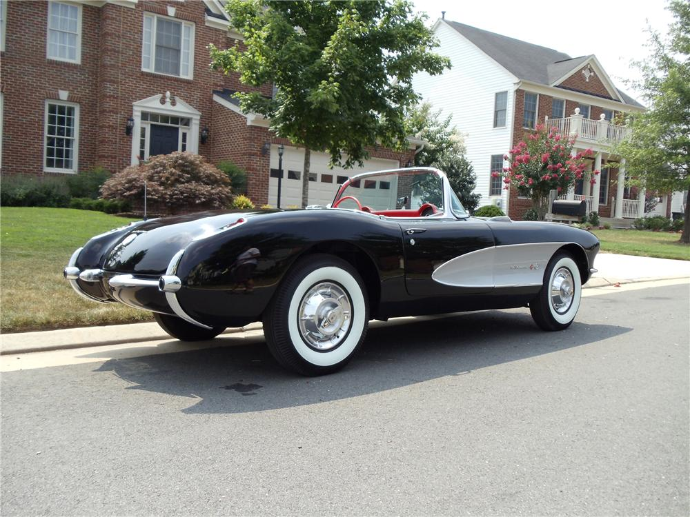 1957 CHEVROLET CORVETTE CONVERTIBLE - Rear 3/4 - 93285