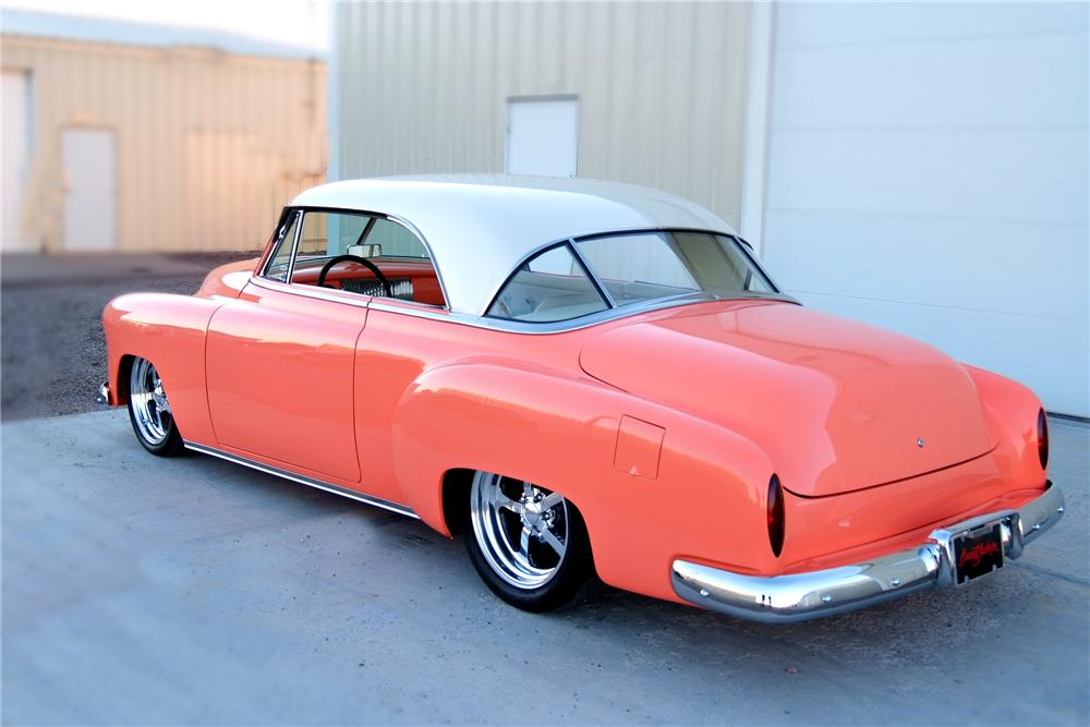 1951 CHEVROLET CUSTOM 2 DOOR HARDTOP - Rear 3/4 - 93329