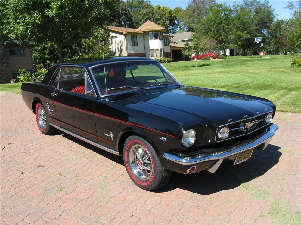 1966 FORD MUSTANG COUPE - Front 3/4 - 93336