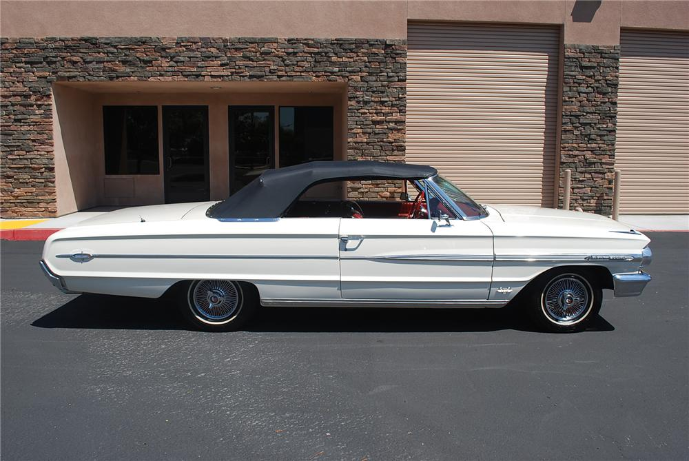 1964 FORD GALAXIE 500 XL CONVERTIBLE - Side Profile - 93362