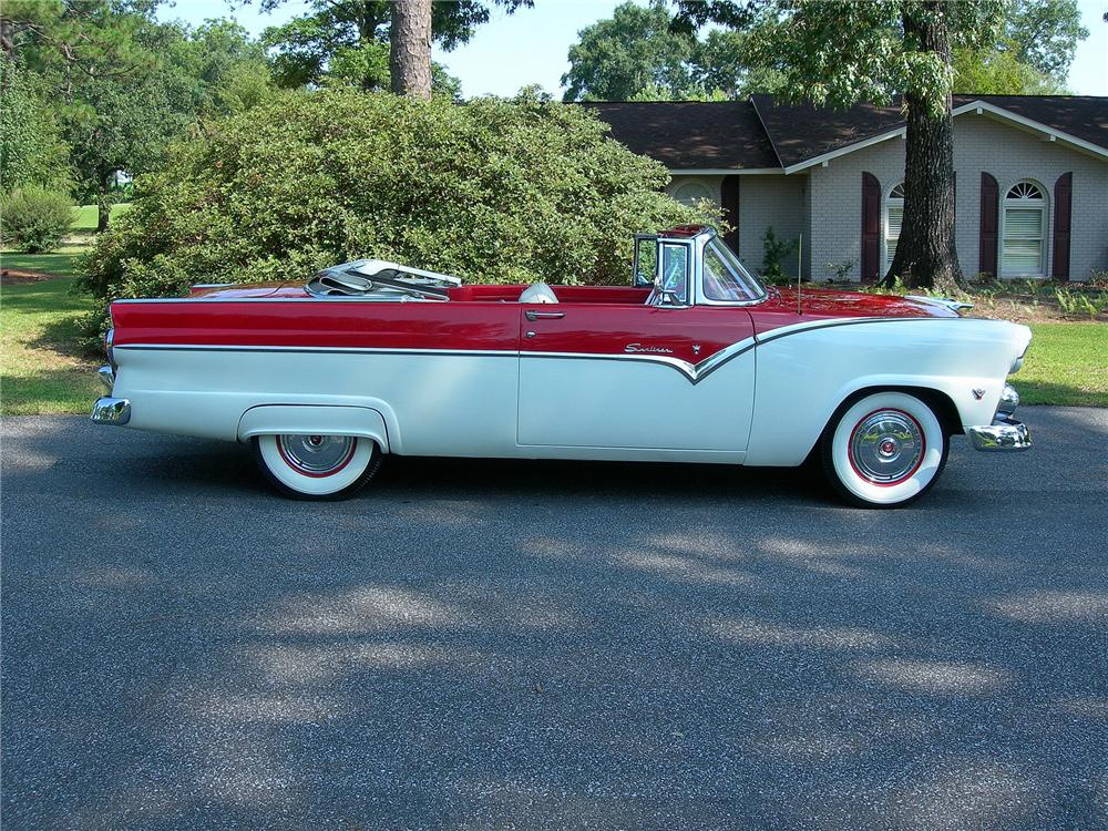 1955 FORD SUNLINER CONVERTIBLE - Side Profile - 93368