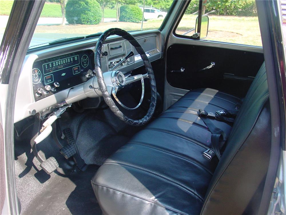 1966 CHEVROLET C-10 CUSTOM PICKUP - Interior - 93374