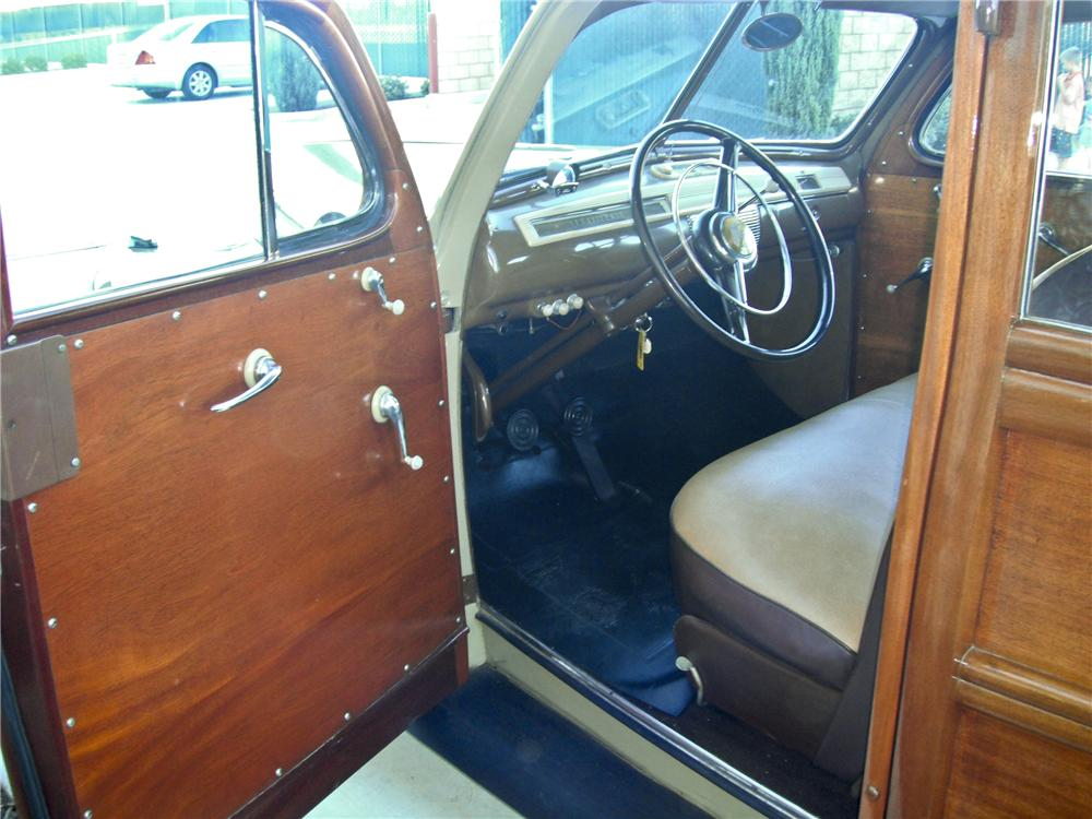 1941 FORD WOODY WAGON - Interior - 93380