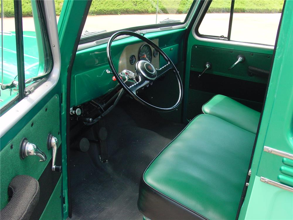 1960 WILLYS JEEP STATION WAGON - Interior - 93383