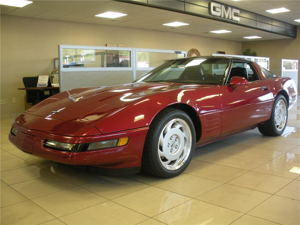 1991 CHEVROLET CORVETTE COUPE - Front 3/4 - 93385