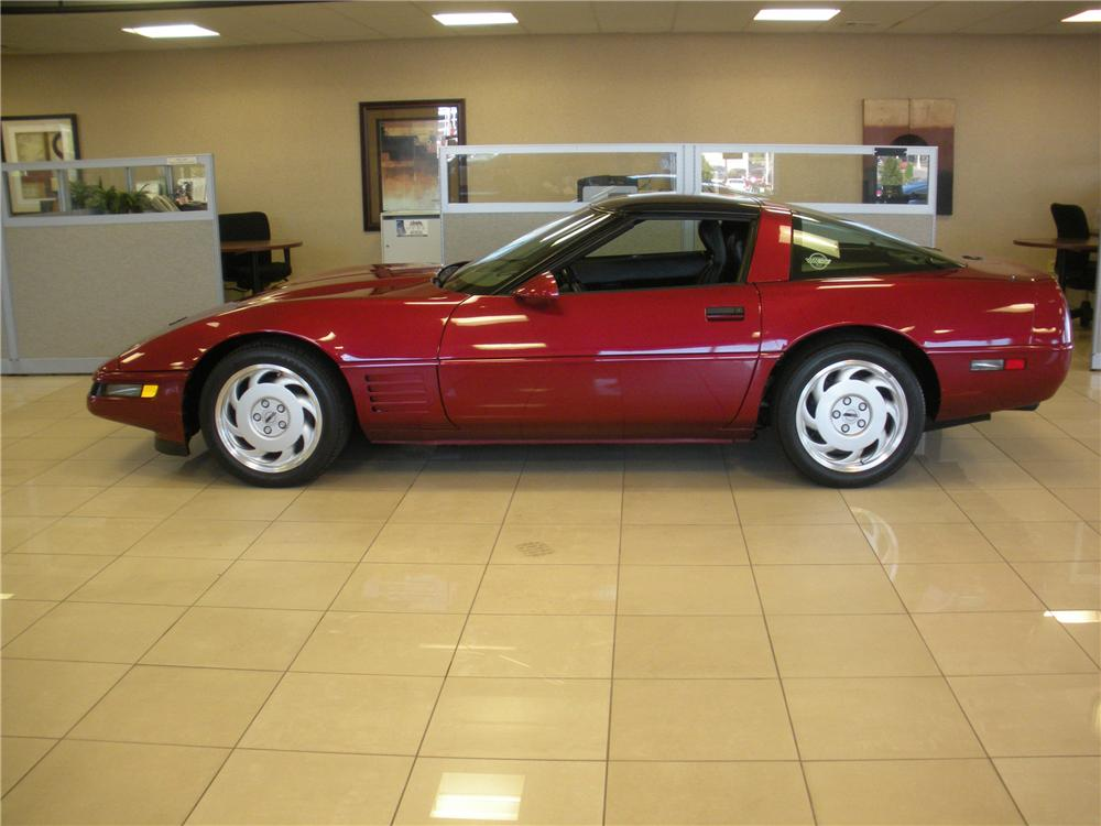 1991 CHEVROLET CORVETTE COUPE - Side Profile - 93385