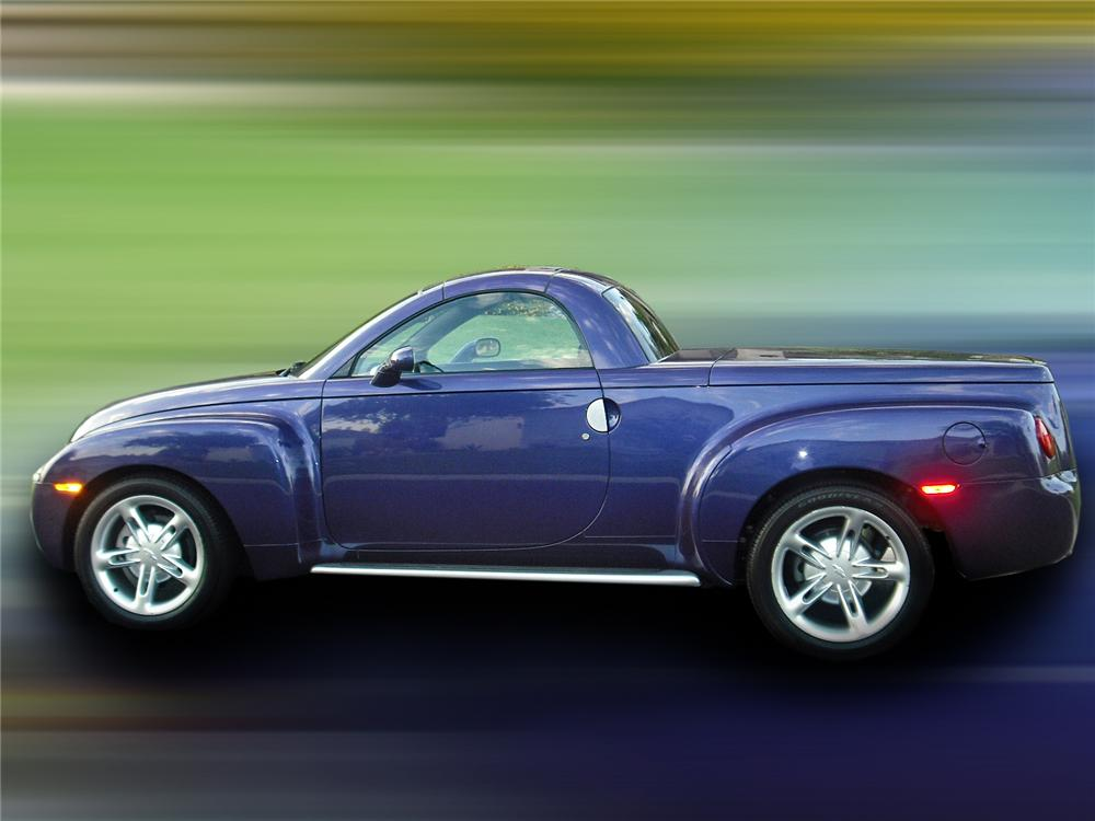 2004 CHEVROLET SSR PICKUP - Side Profile - 93386