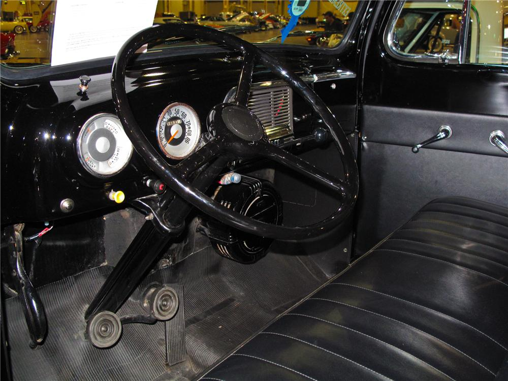 1952 FORD F-1 PICKUP - Interior - 93390