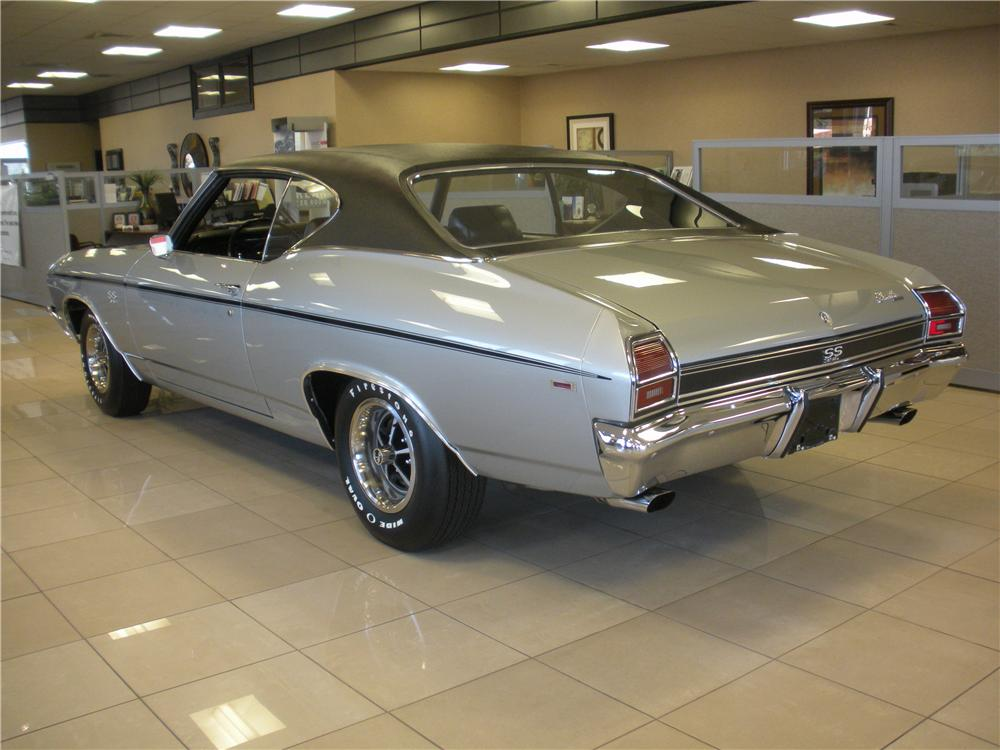 1969 CHEVROLET CHEVELLE SS 396 COUPE - Rear 3/4 - 93393