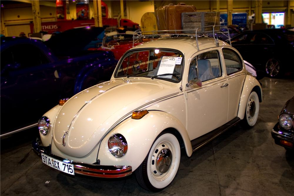 1971 VOLKSWAGEN SUPER BEETLE 2 DOOR - Front 3/4 - 93399