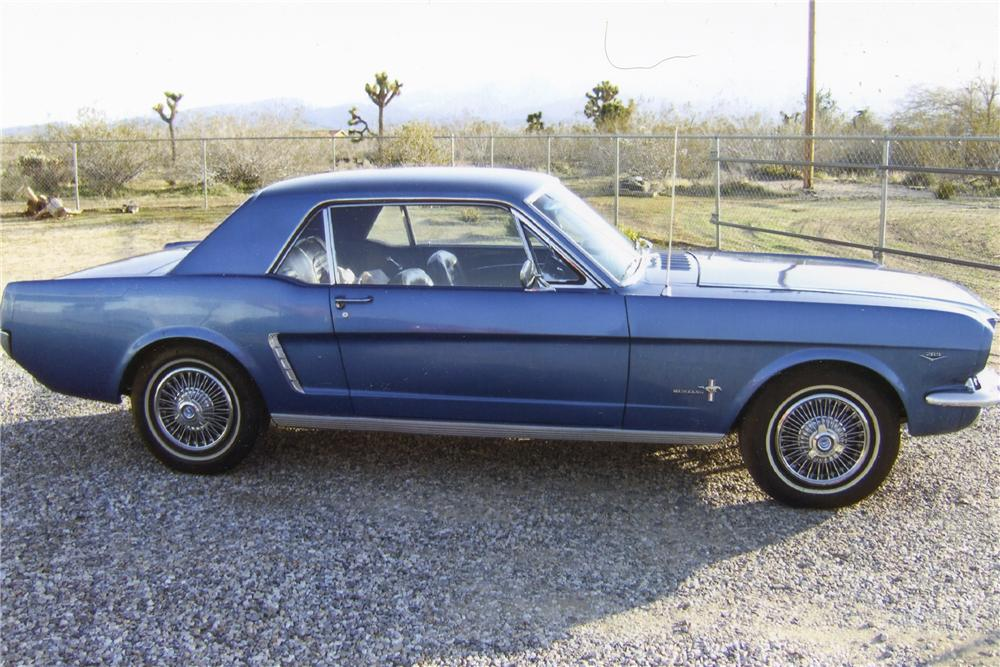 1965 FORD MUSTANG COUPE - Front 3/4 - 93400