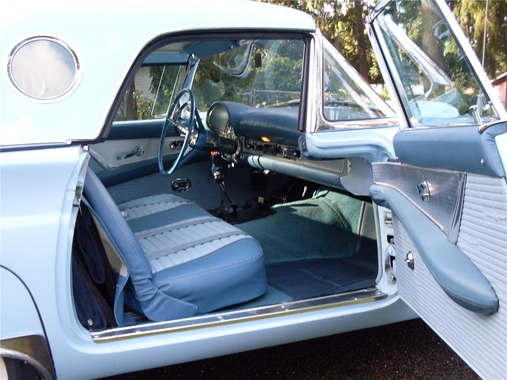 1957 FORD THUNDERBIRD CONVERTIBLE - Interior - 93440