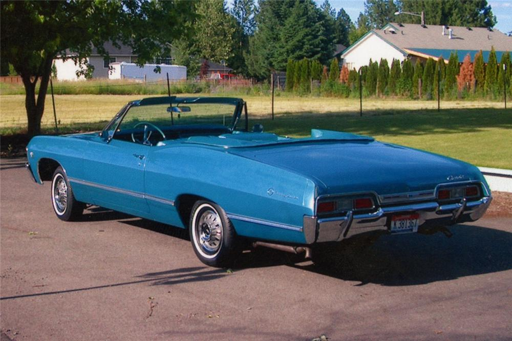 1967 CHEVROLET IMPALA CONVERTIBLE - Rear 3/4 - 93444
