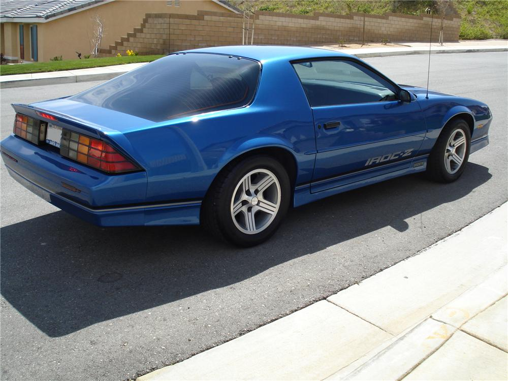 1989 CHEVROLET CAMARO IROC Z 2 DOOR COUPE - Rear 3/4 - 93460