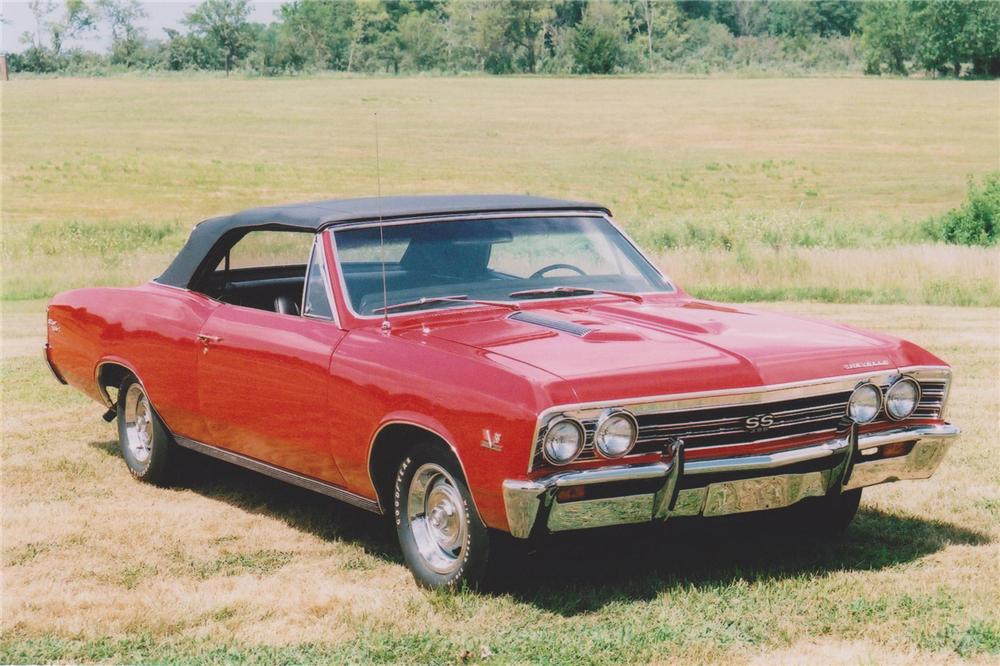 1967 CHEVROLET CHEVELLE SS 396 CONVERTIBLE - Front 3/4 - 93461