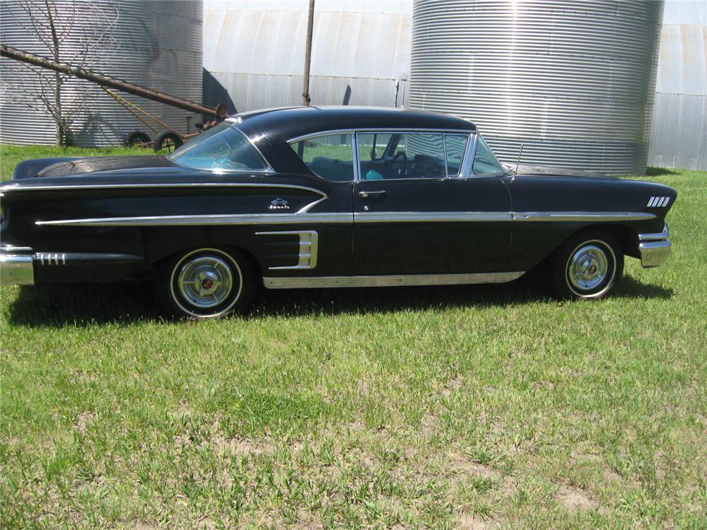 1958 CHEVROLET IMPALA 2 DOOR SPORT COUPE - Side Profile - 93484
