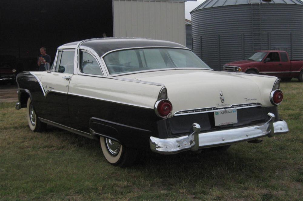 1955 FORD FAIRLANE CROWN VICTORIA 2 DOOR HARDTOP - Rear 3/4 - 93486