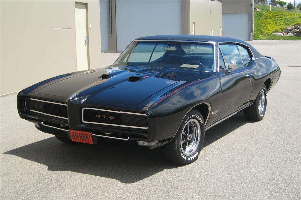 1968 PONTIAC GTO 2 DOOR COUPE - Front 3/4 - 93511