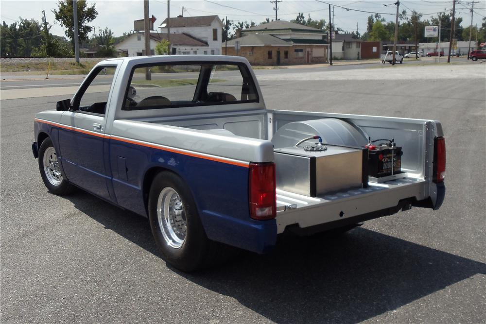 1989 CHEVROLET S-10 CUSTOM PICKUP - Rear 3/4 - 93520
