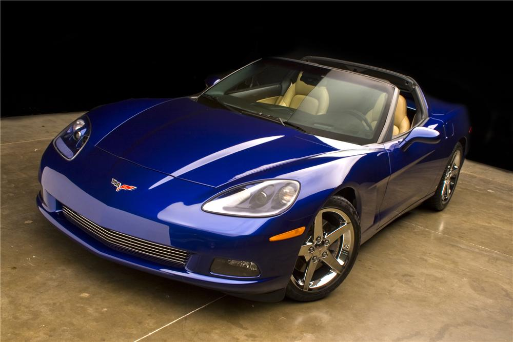2007 CHEVROLET CORVETTE COUPE - Front 3/4 - 93540