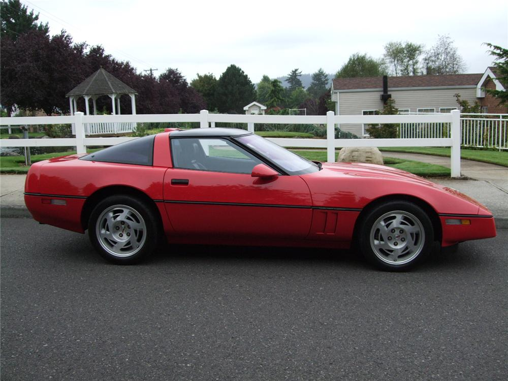 1990 CHEVROLET CORVETTE ZR1 COUPE - Side Profile - 93577
