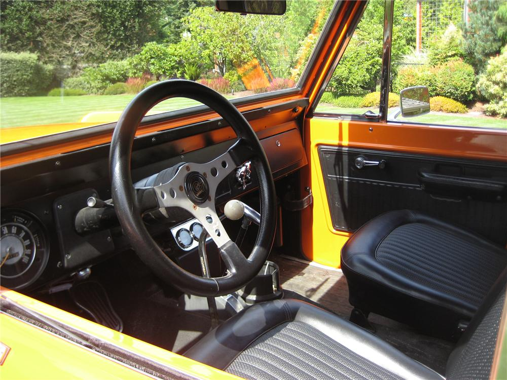 1969 FORD BRONCO CUSTOM 4X4 - Interior - 93585
