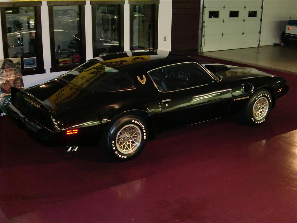 1980 PONTIAC TRANS AM 2 DOOR COUPE - Rear 3/4 - 93630