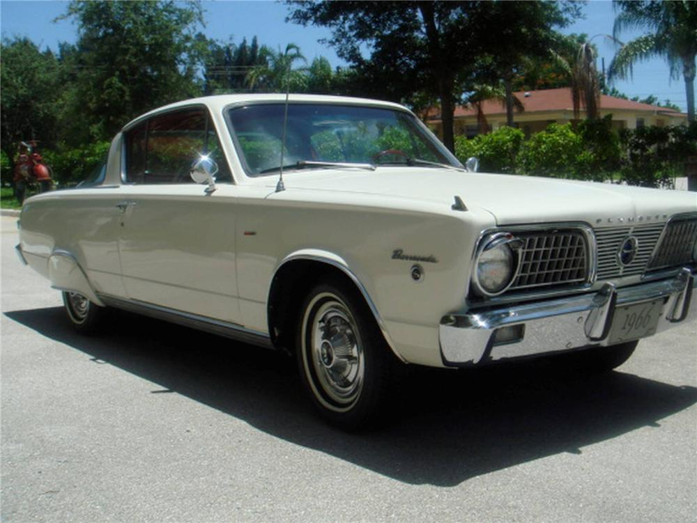1966 PLYMOUTH BARRACUDA FASTBACK - Front 3/4 - 93637