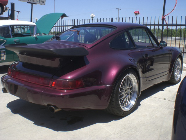 1991 PORSCHE 911 TURBO COUPE - Rear 3/4 - 93638