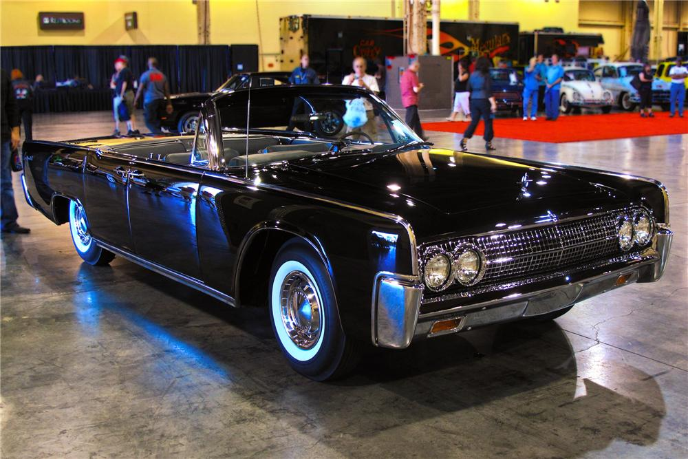 1963 LINCOLN CONTINENTAL 4 DOOR CONVERTIBLE - Front 3/4 - 93684