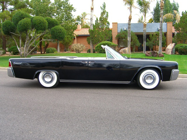 1963 LINCOLN CONTINENTAL 4 DOOR CONVERTIBLE - Side Profile - 93684