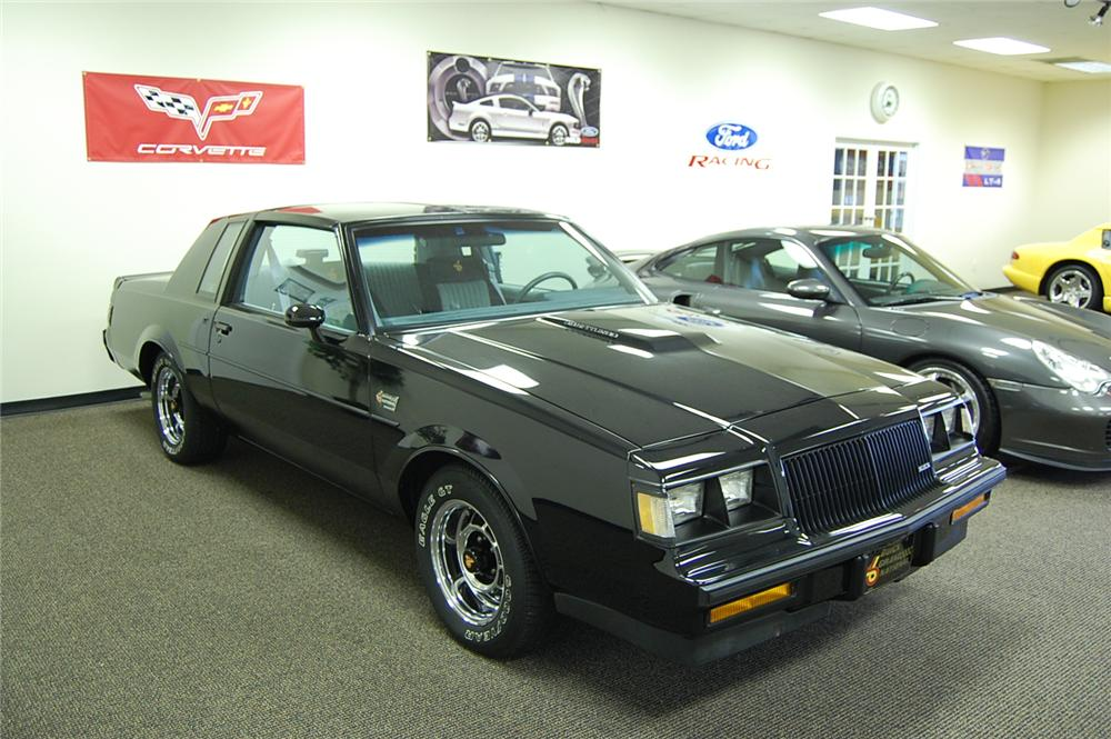 1987 BUICK GRAND NATIONAL 2 DOOR COUPE - Side Profile - 93690