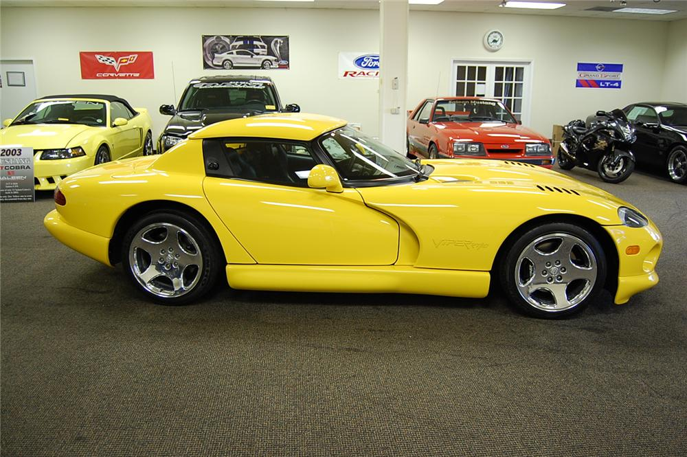 2001 DODGE VIPER RT/10 ROADSTER - Side Profile - 93691